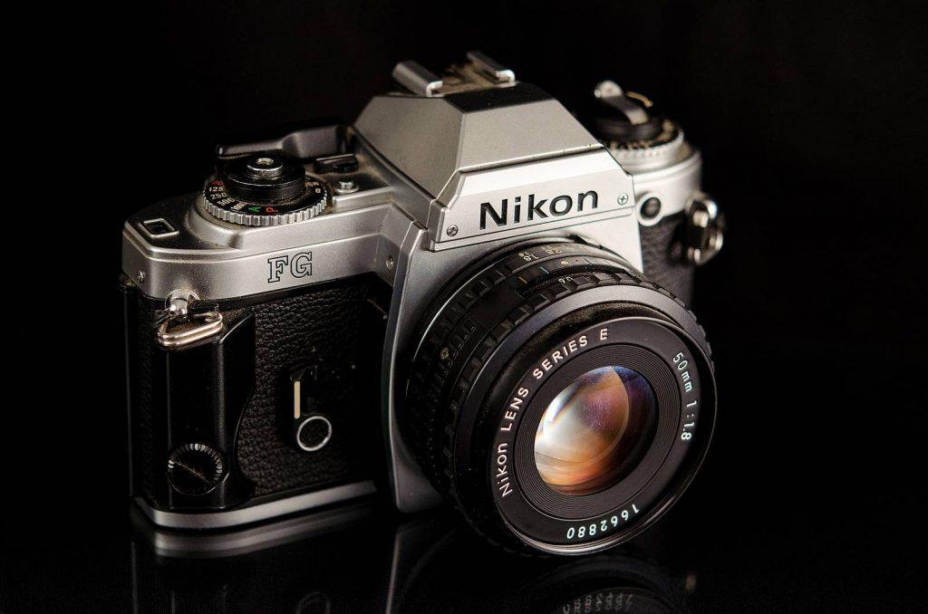 2.กล้องฟิล์ม Nikon FG